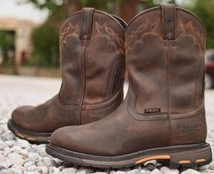 best pull on work boots reviews and buyers guide